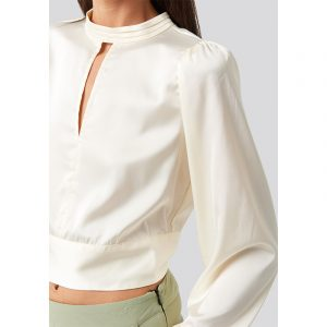 RUT & CIRCLE AMY OPEN BACK BLOUSE RUT-20-02-96-OFF WHITE